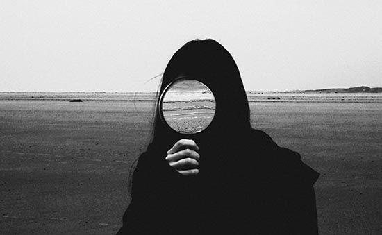 Obra de Philomena Famulok. Sin título. Selfies. Arbitrariedad del signo. Arte.