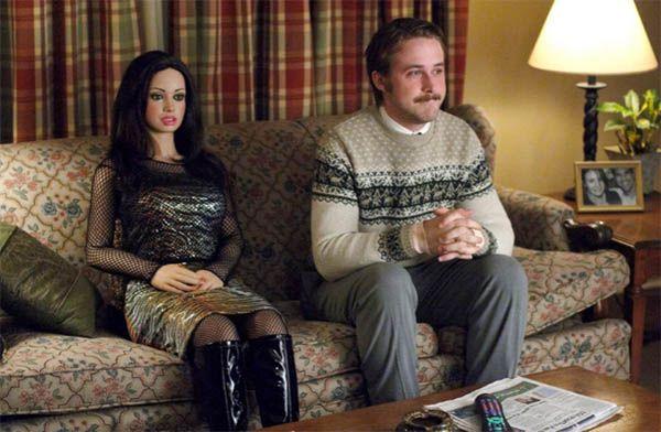 Lars y la chica real (2007) de Craig Gillespie. La soledad cuando asustaba. El solipsismo programado