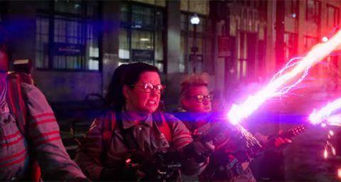 Fotograma del reboot femenino de los Cazafantasmas (Ghostbusters). Utilizada para hablar de las nuevas políticas de inclusión en el cine y la televisión.